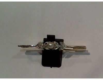 D-Alfiler oro bicolor 18Kt. con perla y diamantes